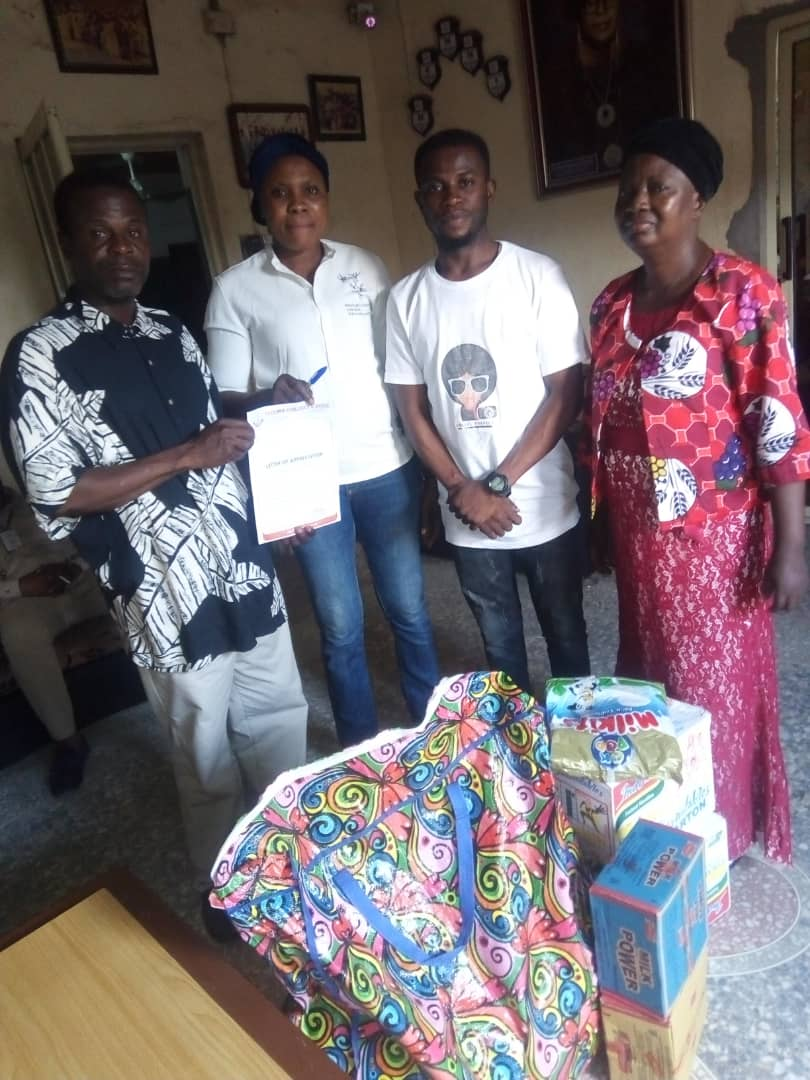 Donation of foods & beverages to Ijamido Children's home